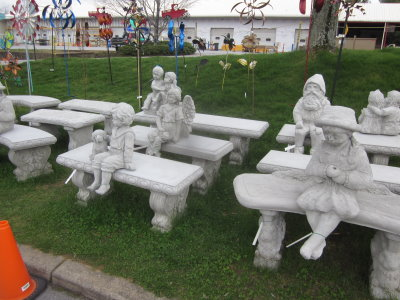 Bench Statuarly